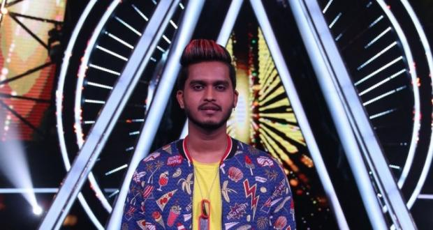 Kunal Pandit dressed up for Shahid Kapoor on Sony TV show